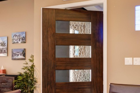 Modern MDF Interior Door (painted faux wood)