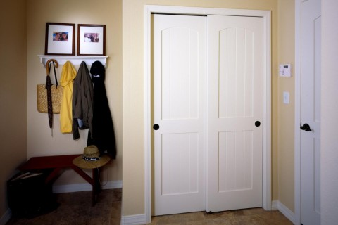 Closet MDF Interior Door TruStile V Grove Series