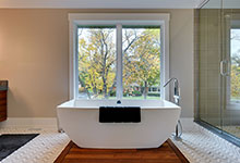 Custom Windows Project - Windows providing great view from Bath tub